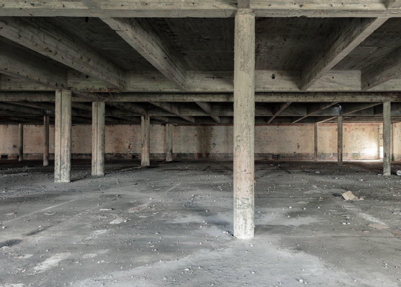 Binnenzicht van voormalige weverij textielfabriek De Porre in Gent