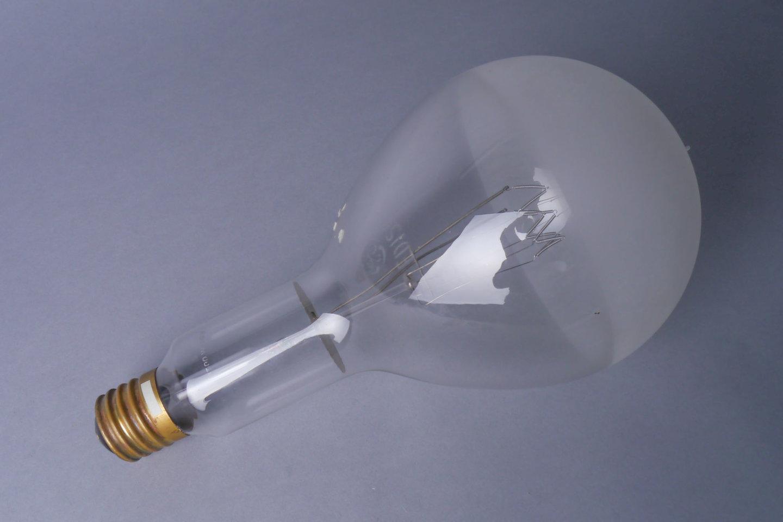 Gloeilamp van het merk General Electric