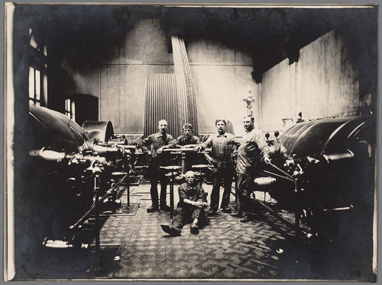 Machinekamer van de textielfabriek Lousbergs