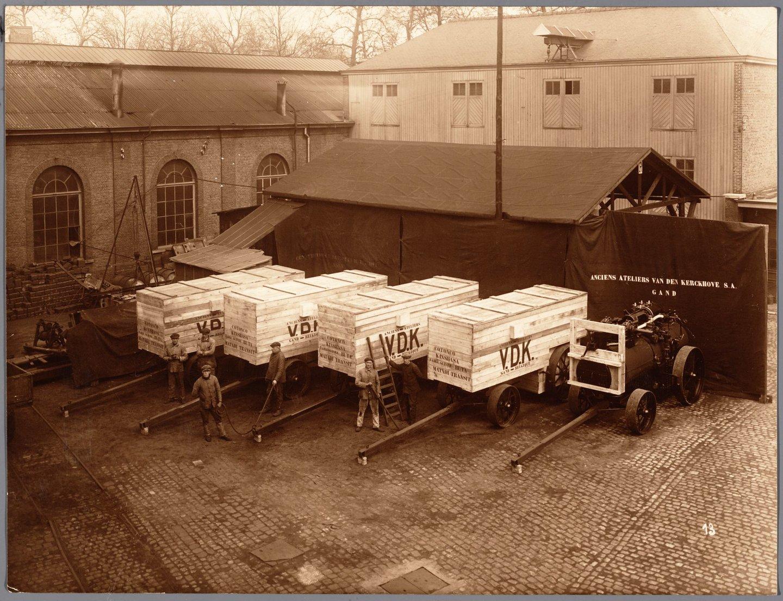 Binnenplaats van het machineconstructiebedrijf Anciens Ateliers Van den Kerckhove