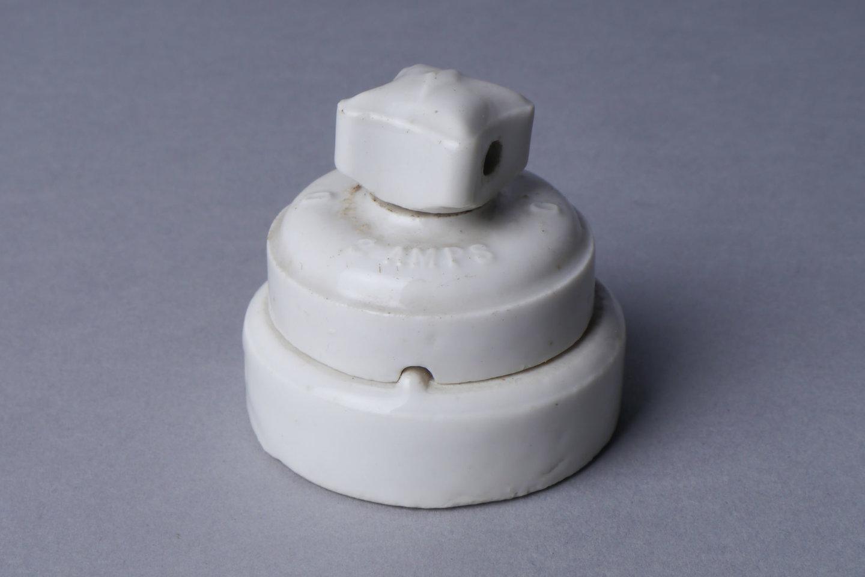 Snoerschakelaar als eindstuk van een elekrtische kabel