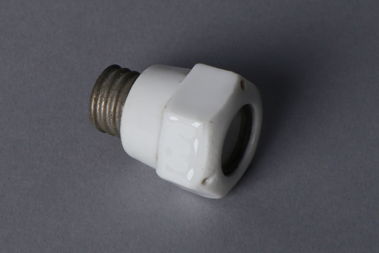 Schroefkop om Diazed smeltveiligheid in houder te bevestigen