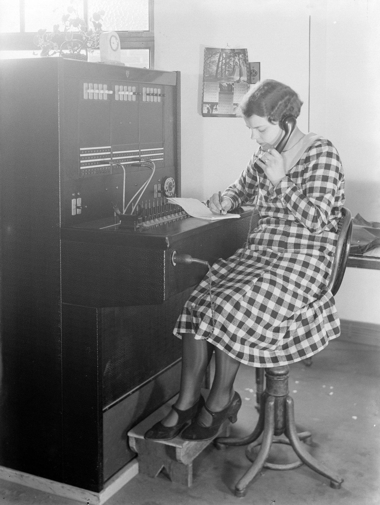 Automatische centrales en telefoontoestellen met kiesschijf