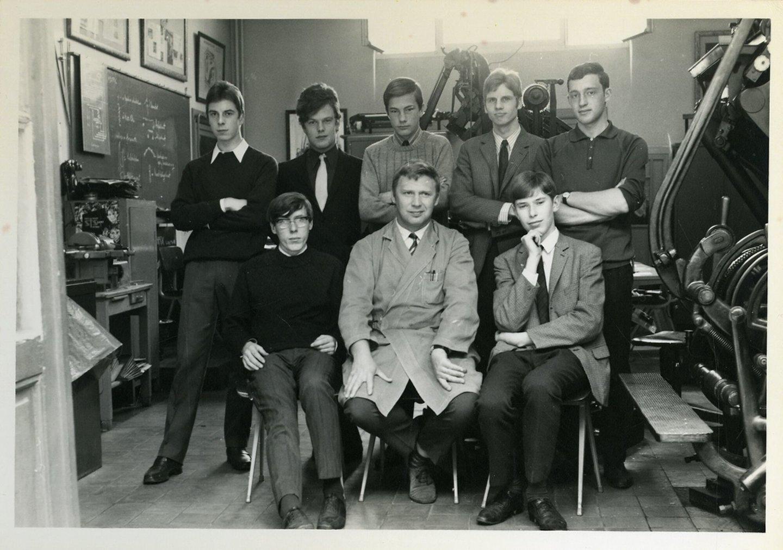 Klasfoto van de leerlingen machinezetten