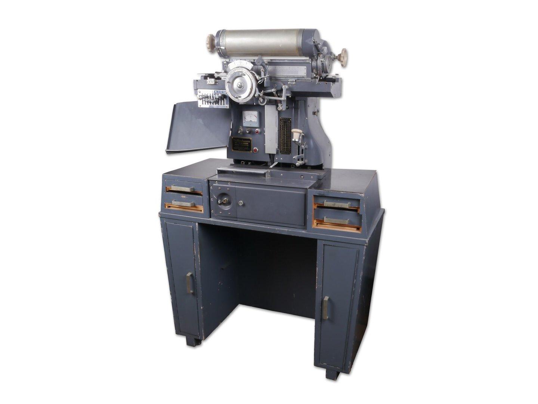 Fotografische zetmachine van het merk Morisawa