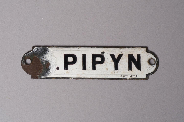 Geëmailleerd naambordje met de naam Pipyn