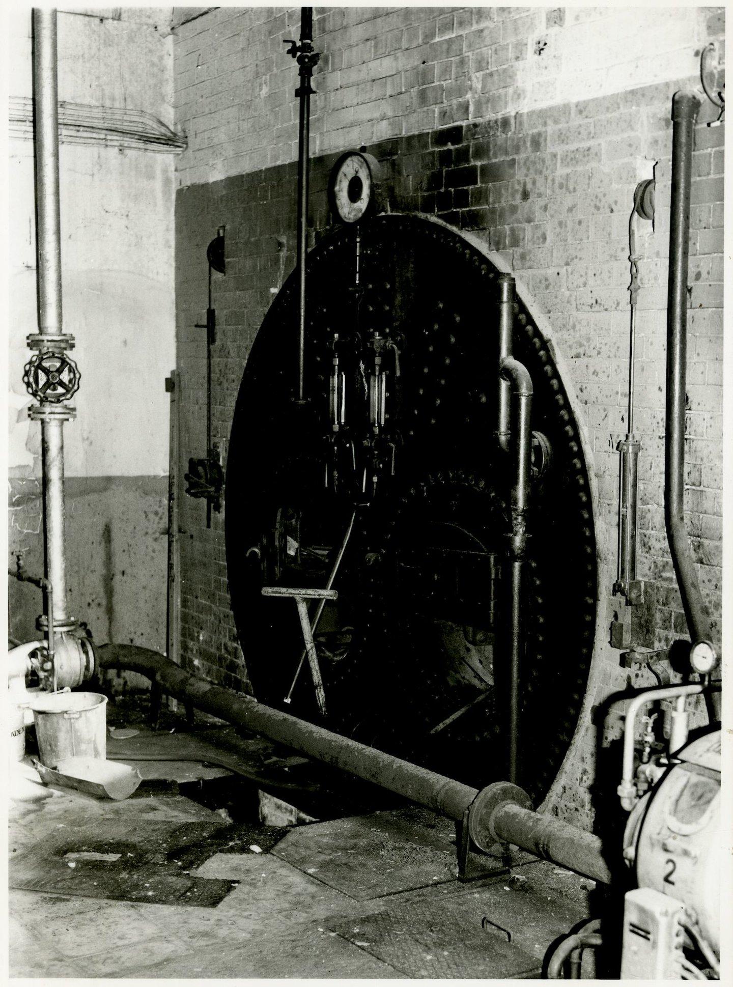 Stoomketel in fabriek UCO Desmet-Guequier