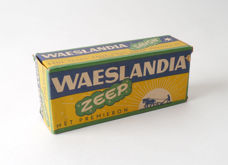 Doos voor huishoudzeep van het merk Waeslandia