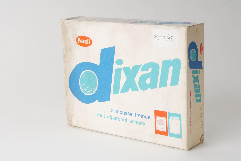 Doos waspoeder van het merk Dixan