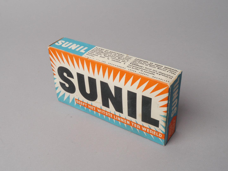 Doos waspoeder van het merk Sunil