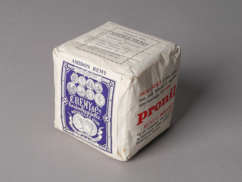 Verpakking met stijfsel van het merk Remy