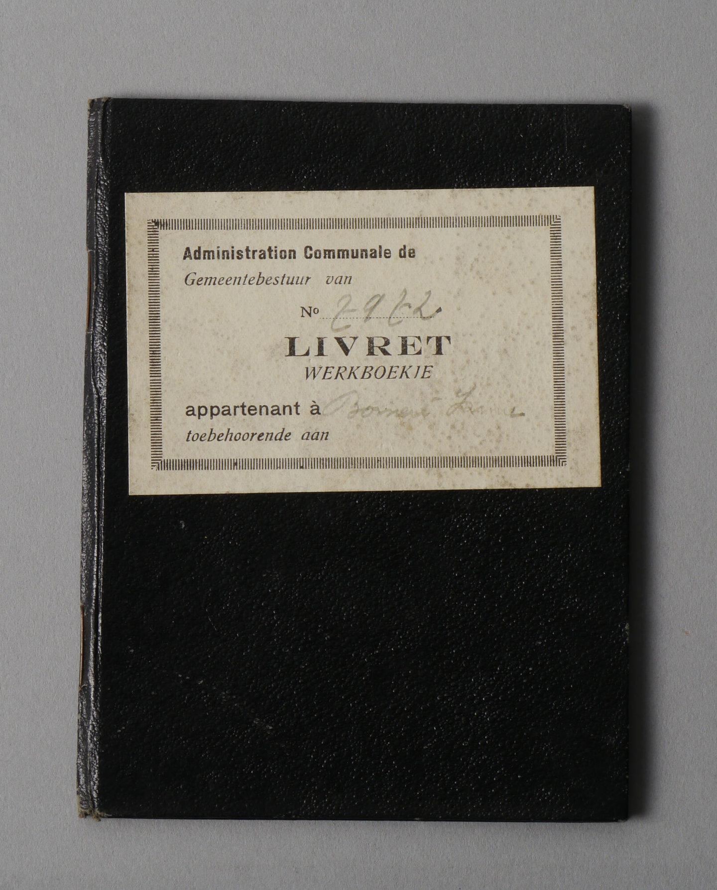 Werkboekje van Irma Adrienne Bomeré