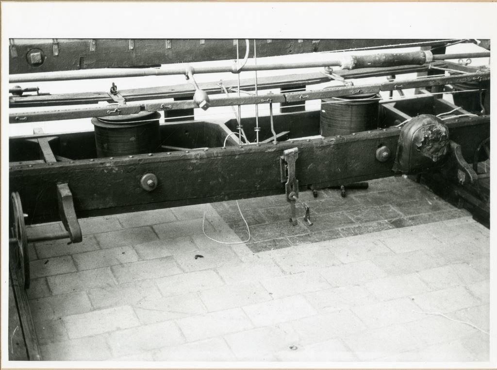Reeks foto's over de restauratie van de Mule Jenny