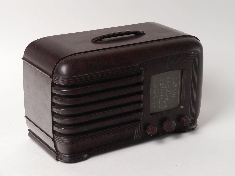 Lampenradio van het merk Pilot Radio